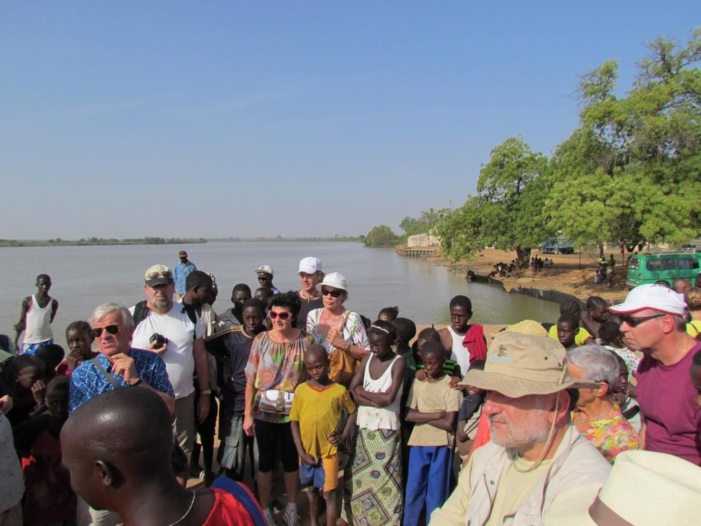 GAMBIA RIVER – KUNTAUR – RIVER GAMBIA NATIONAL PARK Early afternoon arrival to Kuntaur. We board a large motor pirogue for a 3 hour optional excursion on The Gambia River