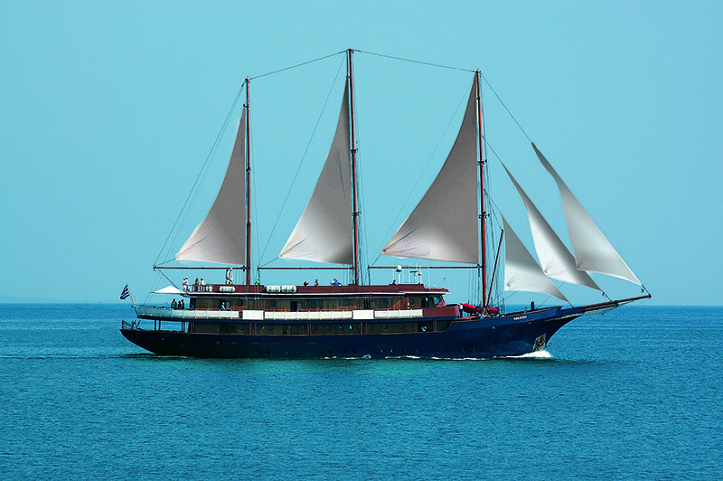 Jewels of the Cyclades Itinerary