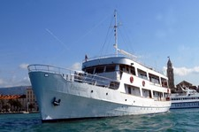 """<div class=""""Title"""" id=""""title"""">Dubrovnik Discovery</div> <div class=""""Location"""" id=""""location"""">Southern Dalmatia</div> <div class=""""Price"""" id=""""price"""">7 Nights From £435</div>"""