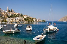 "<div class=""Title"" id=""title"">Dodecanese Sailing</div> <div class=""Location"" id=""location"">Greek Islands</div> <div class=""Price"" id=""price"">7 Nights From £649</div>"