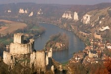 "<div class=""Title"" id=""title"">Thanksgiving On The Seine</div><div class=""Location"" id=""location"">Paris &#038; Normandy</div> <div class=""Price"" id=""price"">10 Day From £1329pp</div>"