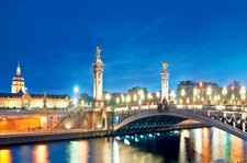 "<div class=""Title"" id=""title"">Christmas Magic</div><div class=""Location"" id=""location"">Paris &#038;  Seine</div> <div class=""Price"" id=""price"">8 Day From £659pp</div>"