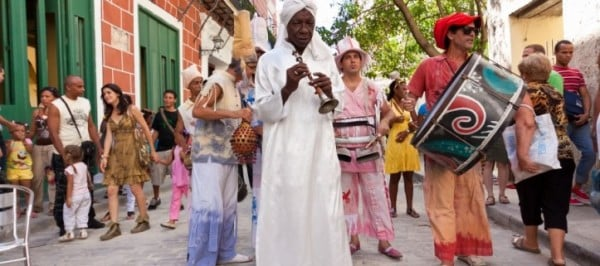 Sights-and-Sounds-of-Cuba