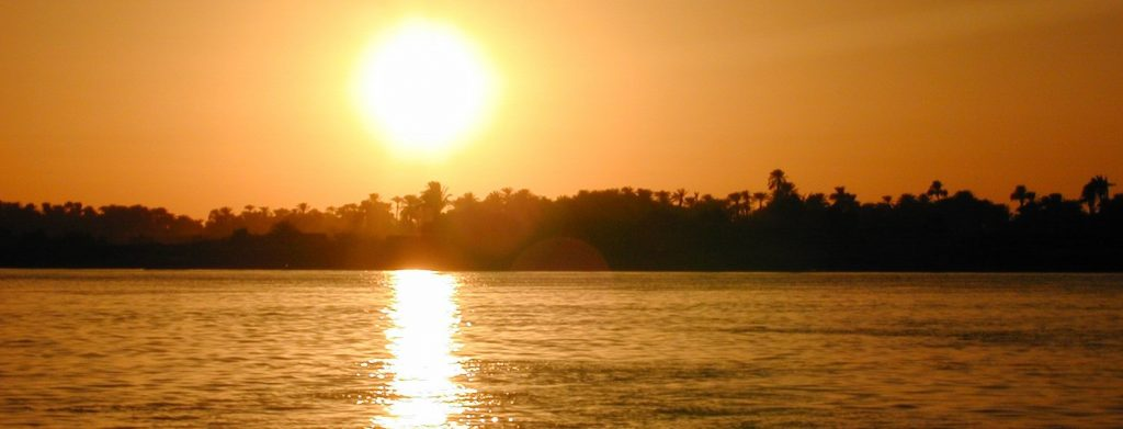Cruise nile river