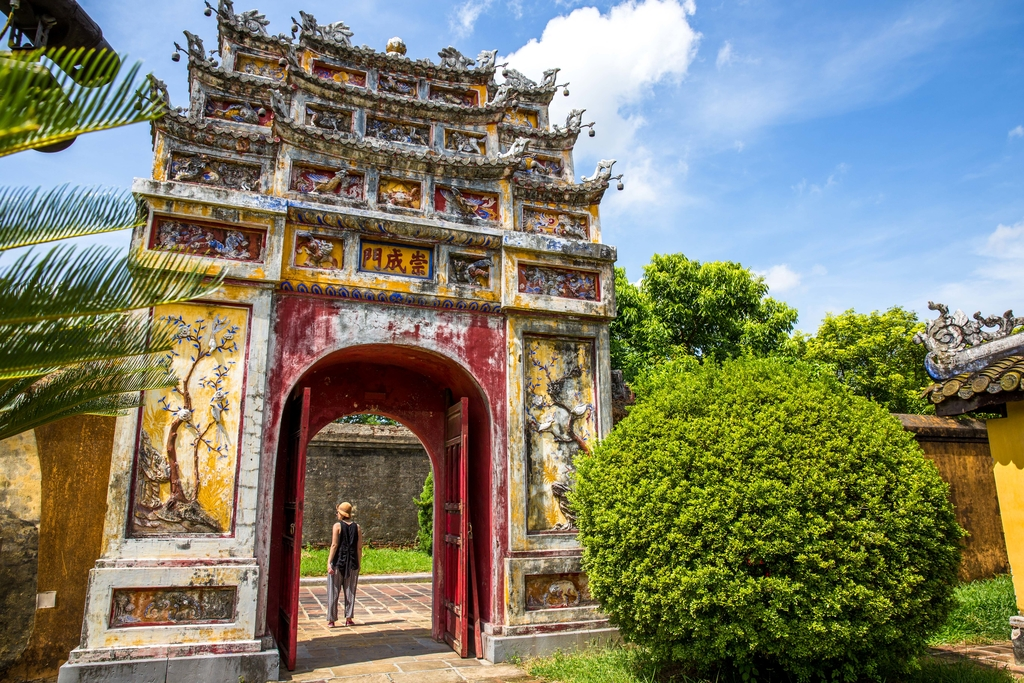 AMAZING VIETNAM COASTAL CRUISE FROM UNDER £1,600 ALL-IN