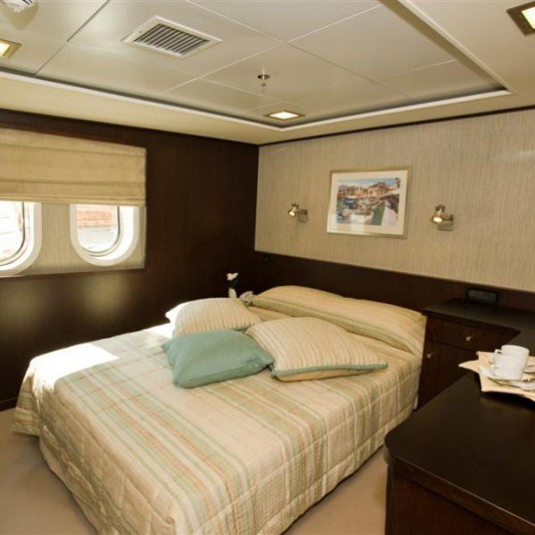 Harmony-V-Cabin-Category-B