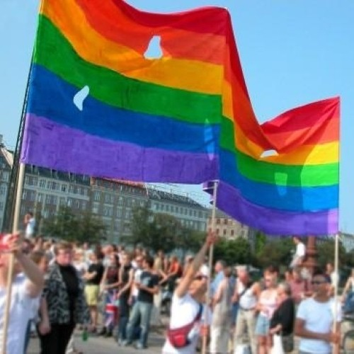 Greece appeals to LGBT travellers